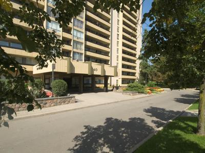 High Rise For Rent In 1 35 40 Fountainhead Road